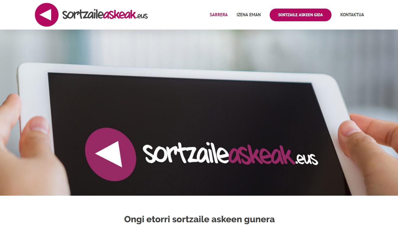 Sortzaile  Askeak:  web  gunea